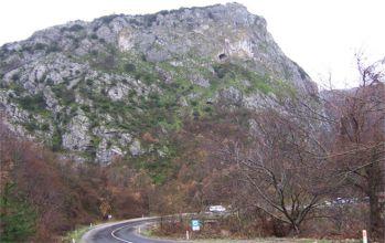 Isparta Kapıkaya Mağarası