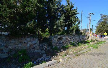 İzmir Foça Su Kemerleri