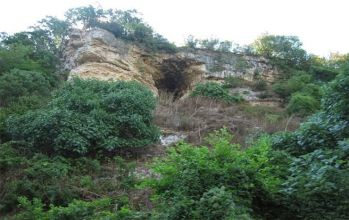 Kıyıköy Mağarası