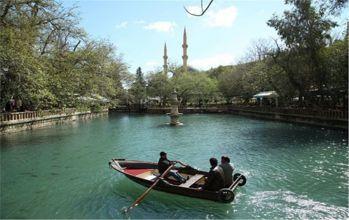Şanlıurfa Aynzeliha Gölü